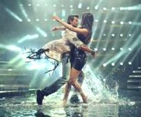 Bang Bang title track: Watch Katrina pay tribute to Liril ads, Hrithik in a girly robe